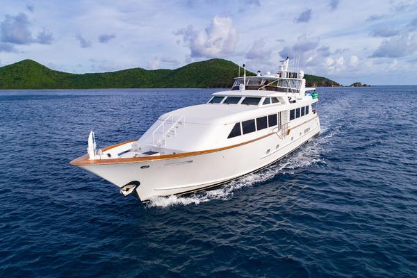 Picture Of: 103' Broward 2000 Yacht For Sale | 2 of 31