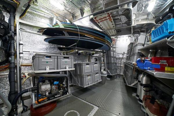 2014 Circa Marine 111' FPB97 Iceberg | Picture 5 of 30