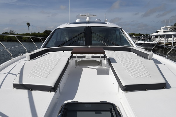 2018 Cruisers 54' 54 Cantius Pipe Dream | Picture 5 of 44