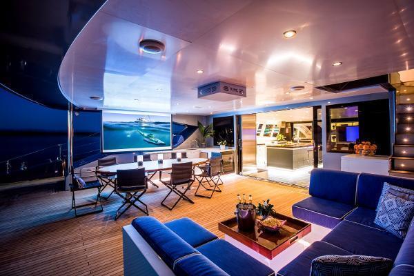 2011 Catamaran 95' Blue Coast Yachts  CARTOUCHE | Picture 8 of 44