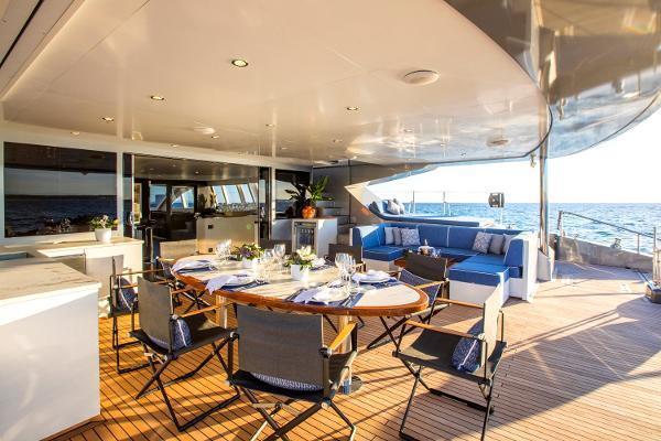 2011 Catamaran 95' Blue Coast Yachts  CARTOUCHE | Picture 6 of 44