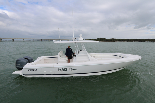 Picture Of: 32' Intrepid 327 Center Console 2016 Yacht For Sale | 3 of 21