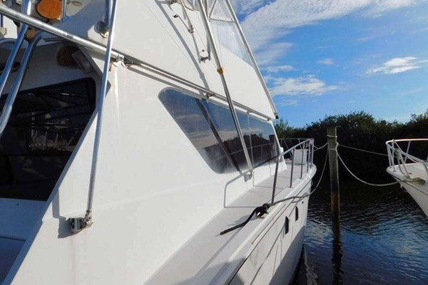 1986 Hatteras 52' Convertible My Alyby   Picture 7 of 64