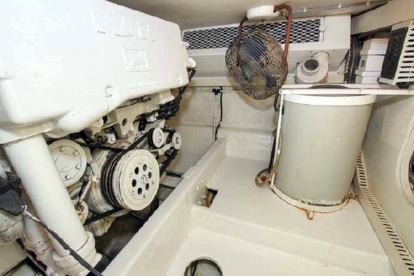 1993 Viking 50' Convertible Out of Order | Picture 8 of 40