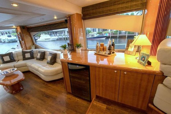 2005 Sunseeker 75' Yacht  | Picture 3 of 34