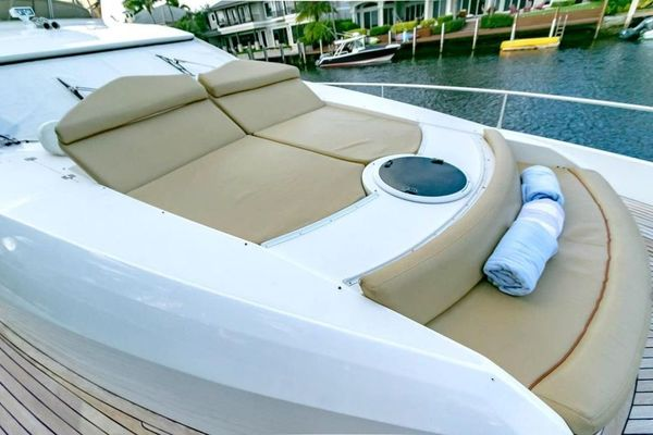 2005 Sunseeker 75' Yacht  | Picture 7 of 34