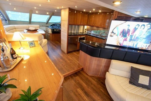 2005 Sunseeker 75' Yacht  | Picture 4 of 34