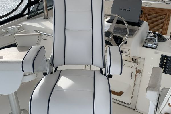 1985 Ocean Yachts 55' Super Sport Ocean Hunter | Picture 1 of 50
