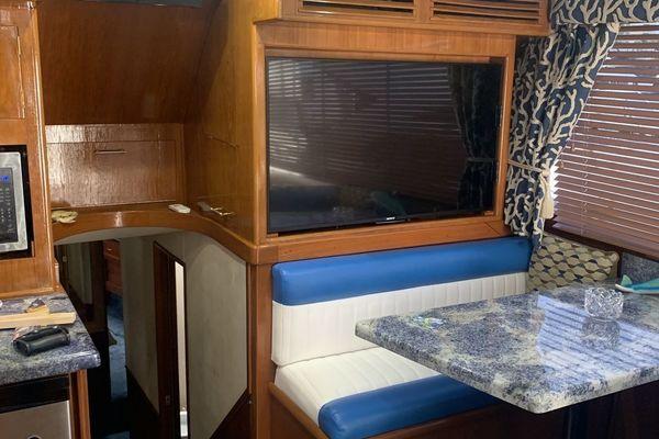 1985 Ocean Yachts 55' Super Sport Ocean Hunter | Picture 3 of 50