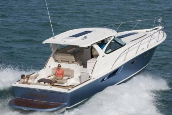 Picture Of: 40' Tiara Yachts 2017 Yacht For Sale | 3 of 15