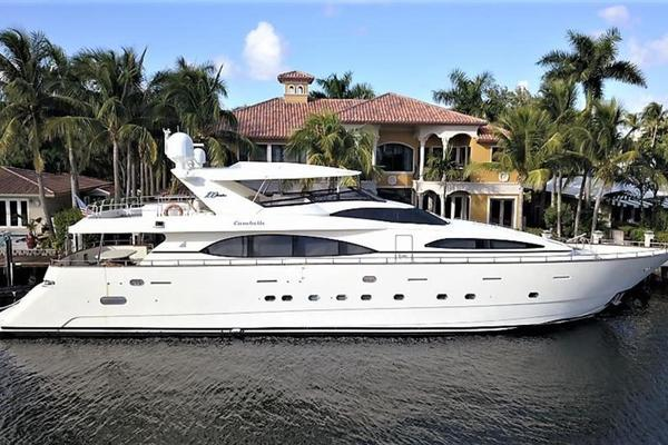 Picture Of: 100' Azimut Jumbo 2000 Yacht For Sale | 1 of 87