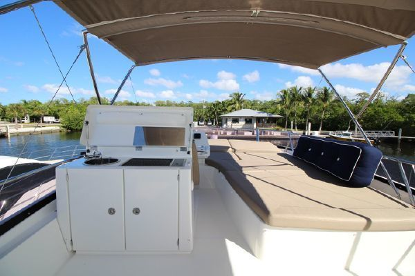 2015 Prestige 55' 550  | Picture 8 of 23