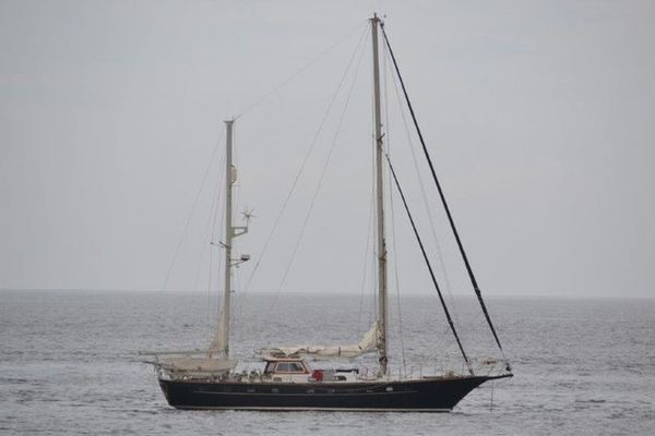 54' Van Dam Custom Ketch 1982 | Blue Nomad