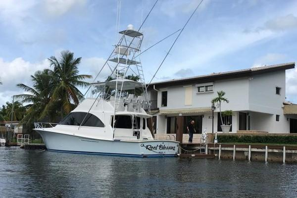 Picture Of: 52' Ocean Sport Sportfish 2004 Yacht For Sale | 4 of 45