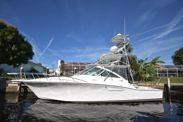 40-ft-Cabo-2003-Hardtop Express-FOUR J'S II Stuart  Florida United States  yacht for sale