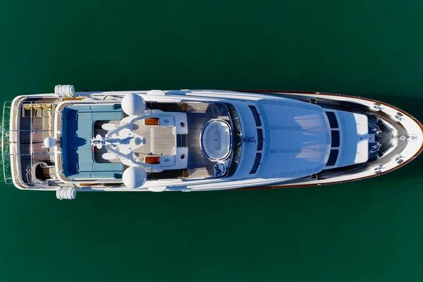 Picture Of: 100' Benetti Tradition 100 2006 Yacht For Sale | 2 of 134