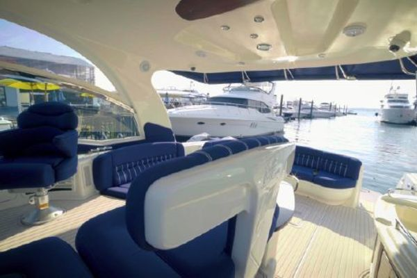 Picture Of: 50' Sea Ray Sundancer 2005 Yacht For Sale | 3 of 26