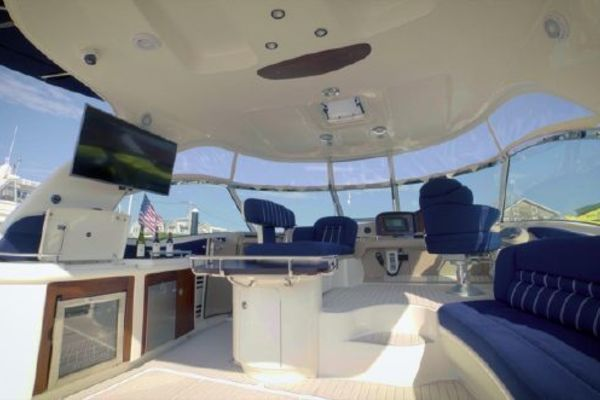 Picture Of: 50' Sea Ray Sundancer 2005 Yacht For Sale | 4 of 26