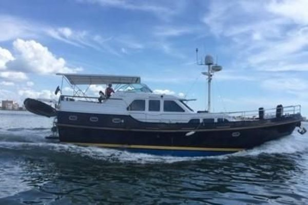 Picture Of: 47' Linssen 2002 Yacht For Sale | 2 of 20