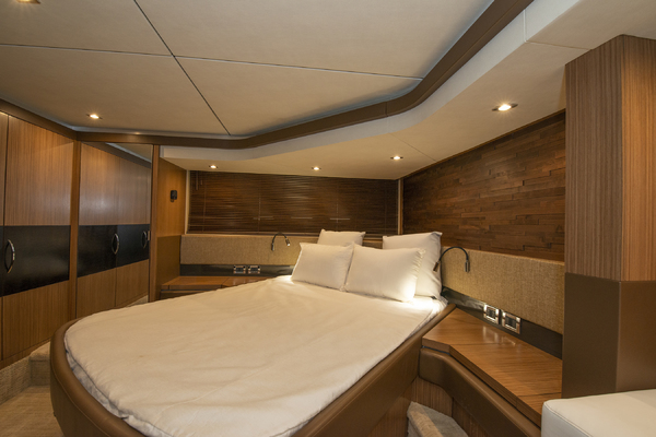 Picture Of: 59' Sea Ray 590 Flybridge 2016 Yacht For Sale   4 of 39