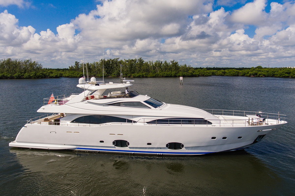 97-ft-Custom Line-2016-MY- Ft. Lauderdale Florida United States  yacht for sale