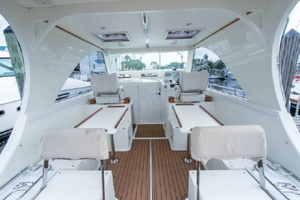 Picture Of: 34' Marlow Mainship 2016 Yacht For Sale | 4 of 26