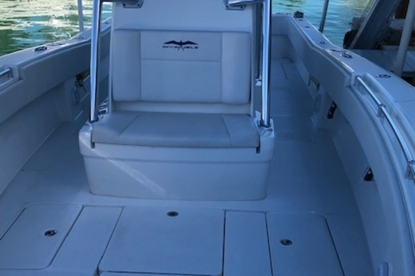 Picture Of: 33' Invincible 33 Center Console 2017 Yacht For Sale | 4 of 17