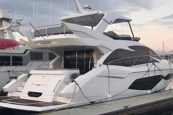52' Sunseeker Manhattan 2018 | Wine Runner