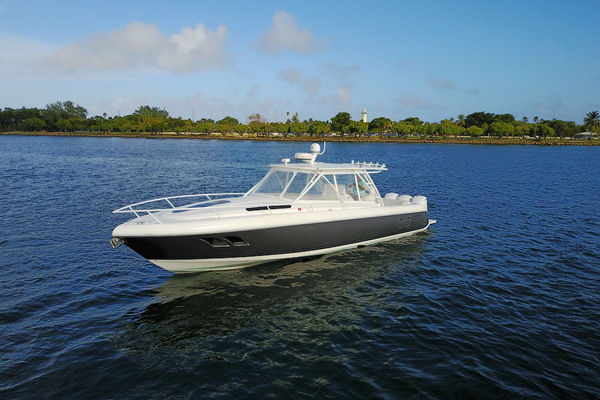 40' Intrepid Sport Fisherman 2011 |