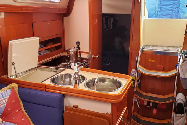 Picture Of: 34' Hanse 341 2004 Yacht For Sale | 3 of 18