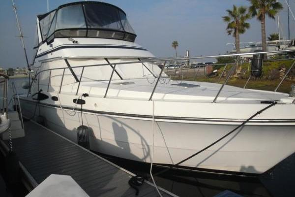 Picture Of: 44' Vantare Convertible Sportfishermannn 1988 Yacht For Sale | 2 of 32