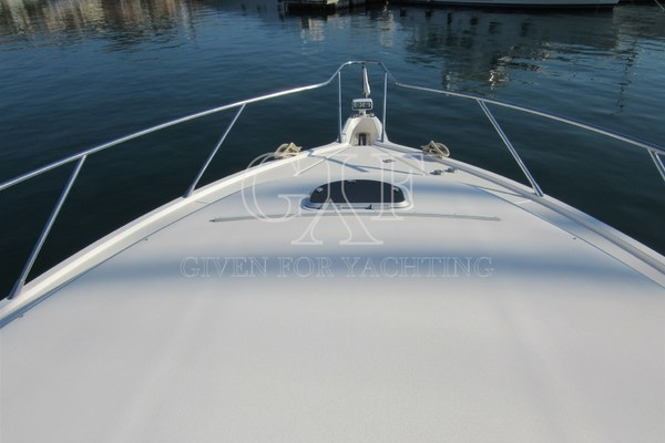 Picture Of: 60' Tiara 5800 Sovran 2008 Yacht For Sale | 4 of 24