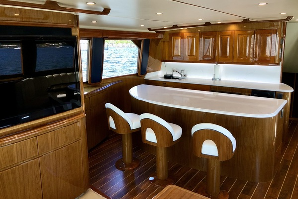 2010 Viking 76' 76 Convertible High Cotton | Picture 6 of 61