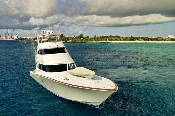 2010 Viking 76' 76 Convertible High Cotton | Picture 8 of 61