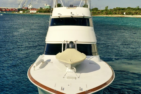 2010 Viking 76' 76 Convertible High Cotton | Picture 7 of 61