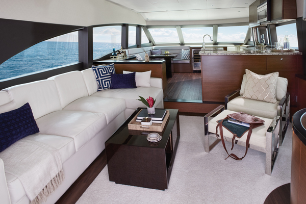 2020 Hatteras 60' M60 M60   Picture 2 of 7