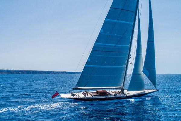 131' Holland Jachtbouw J Class 2012