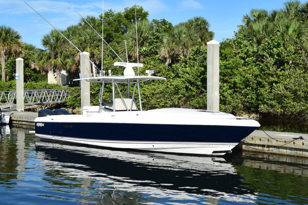 32' Intrepid 323 Cuddy - Repowerded 2004 | T/t Big Zip