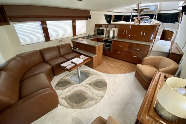 Picture Of: 56' Carver 56 Voyager 2007 Yacht For Sale | 2 of 62