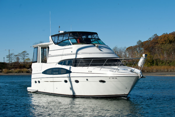 Picture Of: 46' Carver 466 Motor Yacht 2004 Yacht For Sale | 3 of 34