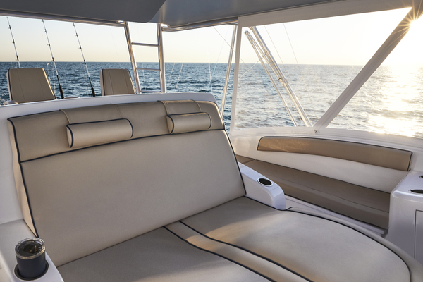 2020 Hatteras 59' GT59 GT59 | Picture 7 of 7