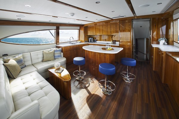 2020 Hatteras 59' GT59 GT59 | Picture 2 of 7