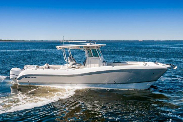 Picture Of: 32' World Cat 320 CC 2019 Yacht For Sale   1 of 29