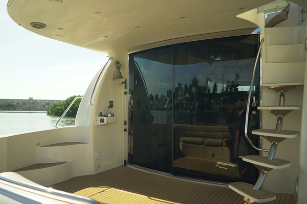 Picture Of: 56' Carver 560 Voyager 2008 Yacht For Sale | 4 of 49