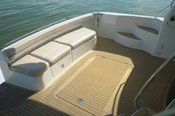 Picture Of: 56' Carver 560 Voyager 2008 Yacht For Sale | 3 of 49
