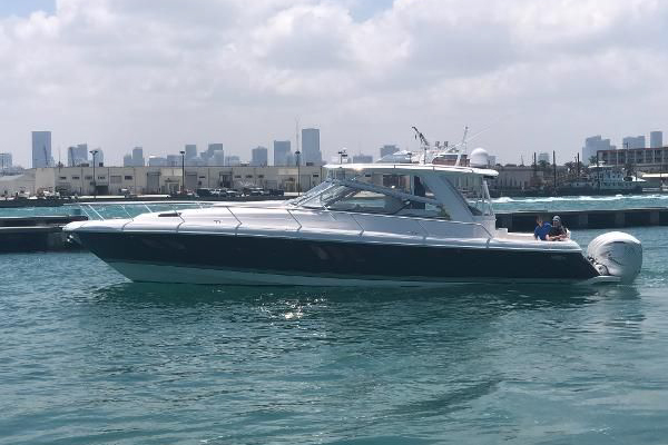 Picture Of: 47' Intrepid 475 Sport Yacht 2019 Yacht For Sale | 1 of 1