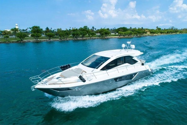 Picture Of: 60' Cranchi Fifty 8 HT 2013 Yacht For Sale | 3 of 45