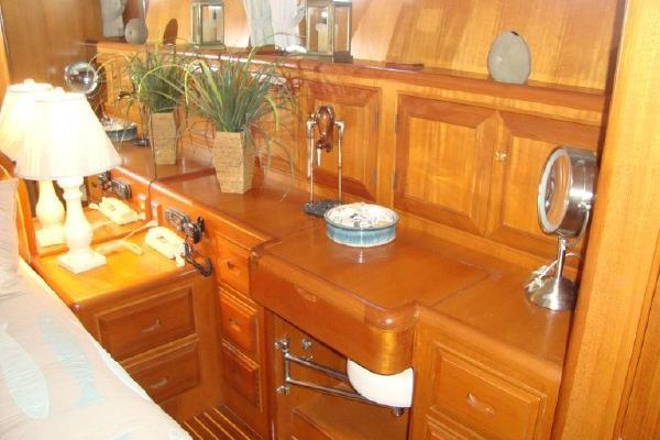 2000 Ocean Alexander 54' 548 Pilothouse  | Picture 7 of 101