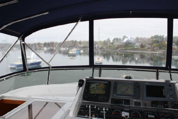 2000 Ocean Alexander 54' 548 Pilothouse  | Picture 6 of 101