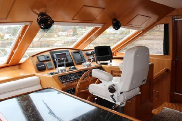 2000 Ocean Alexander 54' 548 Pilothouse  | Picture 2 of 101